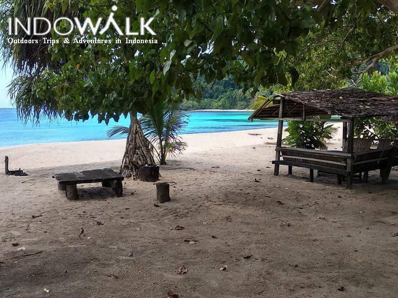 Paket Adventure 3 Hari 2 Malam Morotai Pulau Kokoya Tanjung Gorango